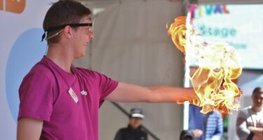 Perth Science Festival is free with live shows, hands-on experiences and activities for the whole family .