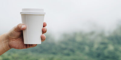 Cutting the cups: how to dispose of an everyday problem